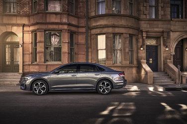 Volkswagen présente la nouvelle Passat 2020 à Détroit
