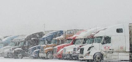 Ne jamais suivre un camion de près l'hiver!