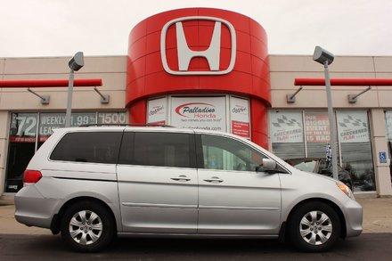 2010 Honda Odyssey SE- 8 PASSENGER+ DVD SYSTEM+ POWER DOORS