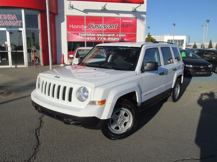 jeep patriot sport mags a c 2011 d 39 occasion saint hyacinthe inventaire d 39 occasion. Black Bedroom Furniture Sets. Home Design Ideas