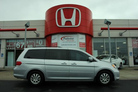 2010 Honda Odyssey EX-L - LEATHER INTERIOR - MOONROOF - 8 PASSENGER