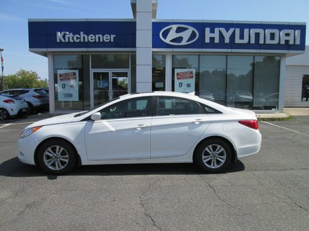 2011 Hyundai Sonata GLS // 1 OWNER // SUNROOF // ALLOYS