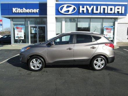 2011 Hyundai Tucson GLS // Half-Leather seats // Alloys // PG