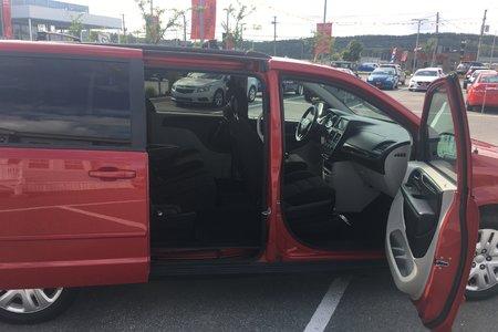 2016 Dodge Grand Caravan SXT- $161 B/W