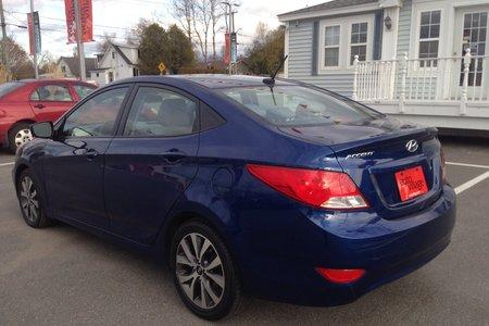 2017 Hyundai Accent SE..$53/ WEEK...AUTO..AIR..SUNROOF..HEATED SEATS!!