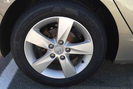 2013 Hyundai Elantra GLS..$119 B/W..PWR ROOF..BLUETOOTH..HEATED SEATS!!