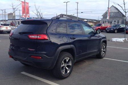 2015 Jeep Cherokee T/H- $196 B/W
