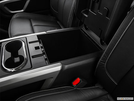 Nissan Titan XD Gas PRO-4X 2018 - photo 3