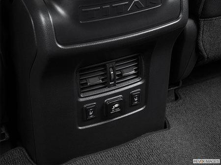 Nissan Titan XD Gas PRO-4X 2019 - photo 4