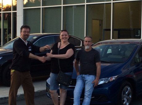 I highly recommend Bathurst Honda to purchase a vehicle. Denis Côté is very knowledgeable, very attentive and gives good service