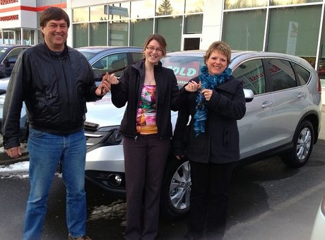 Great greeting, qualified salespeople and they know their products! Rachel Godin & Daniel Thériault
