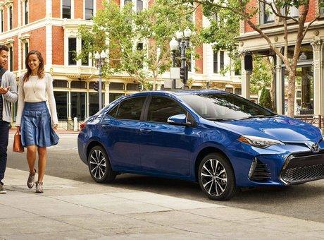 Hyundai Elantra 2018 vs Toyota Corolla 2018 à Montréal