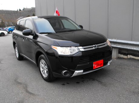 used 2015 mitsubishi outlander es new car feel at the best pre owned price for n a in. Black Bedroom Furniture Sets. Home Design Ideas