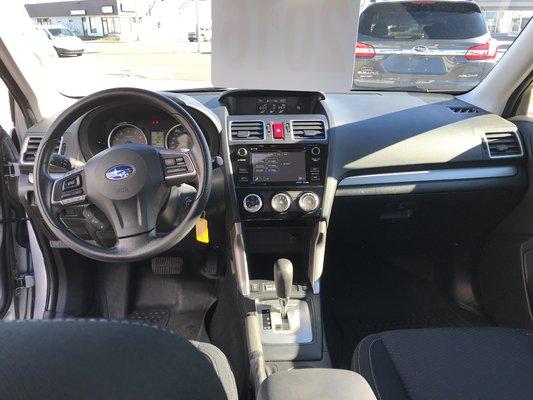 Subaru Forester I Convenience 2016 awd (9/14)