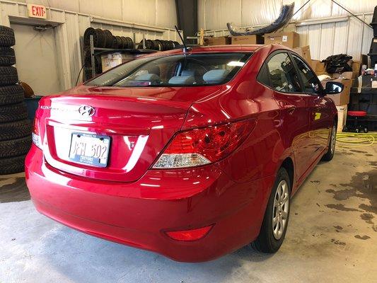 2013 Hyundai Accent GL (2/9)