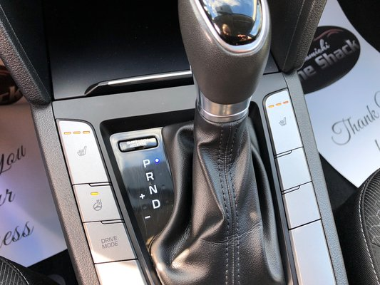2017 Hyundai Elantra GL (8/11)