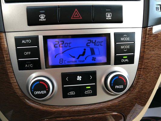 2009 Hyundai Santa Fe Limited (9/13)