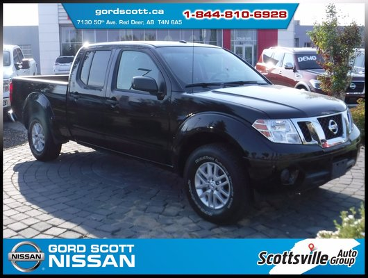 2014 Nissan Frontier SV Crew 4x4, Cloth, Cruise, A/C, Clean