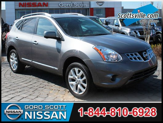 2013 Nissan Rogue SL AWD, Leather, Sunroof, Nav, Bose Audio