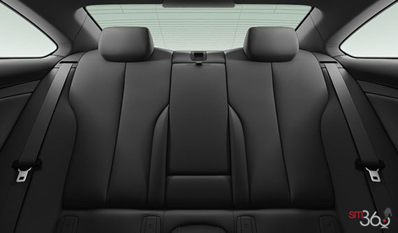 Black Dakota Leather w/Exclusive Stiching