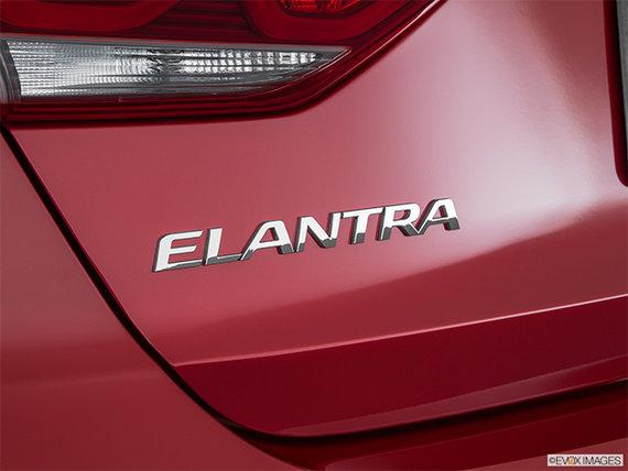 2017 Hyundai Elantra LIMITED SE