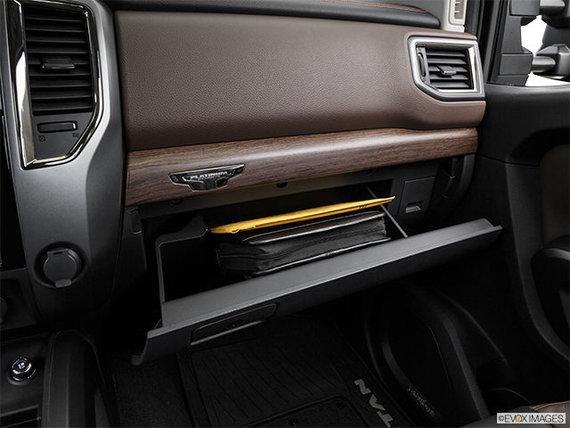 Nissan Titan XD Essence PLATINE 2017