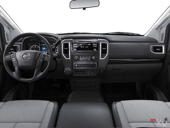 Nissan Titan XD Essence S 2017