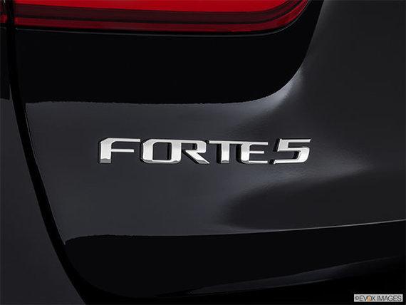 Kia Forte5 EX 2018