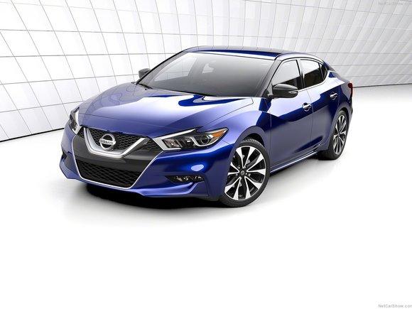 Ce que la presse spécialisée pense de la Nissan Maxima 2016