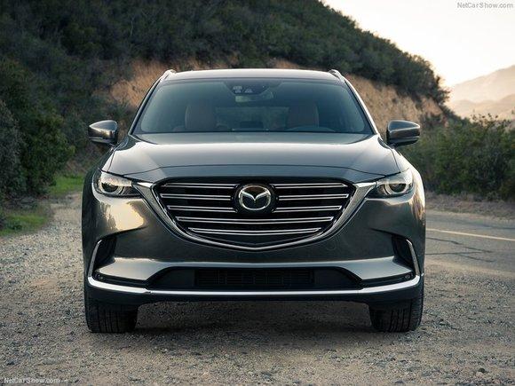 Mazda présente son CX-9 redessiné à Los Angeles