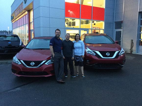 2 véhicules Nissan pourquoi pas !
