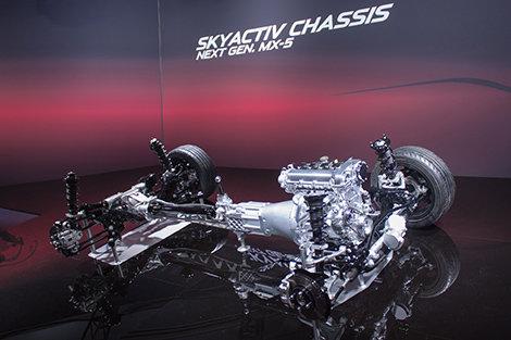 La prochaine génération de la Mazda MX-5 fera plus avec moins
