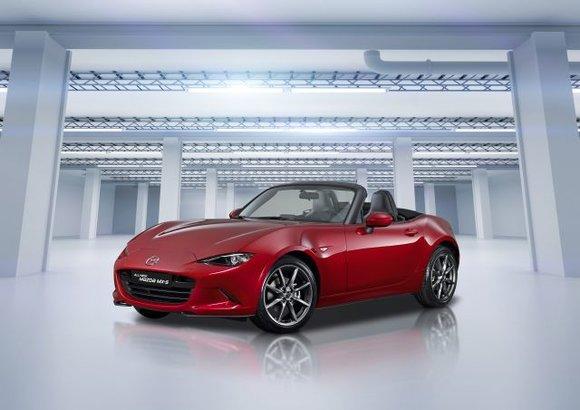 Une nouvelle Mazda MX-5 s'approche