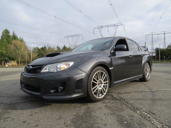 2013 Subaru WRX STI w/Tech Pkg