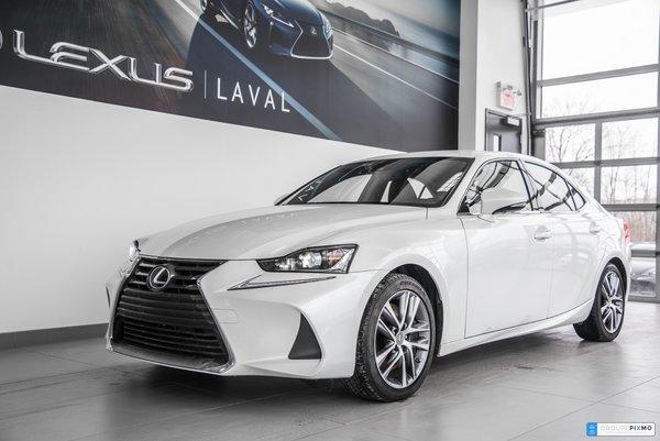 2017 Lexus IS 300 AWD / CAMÉRA / CRUISE LASER
