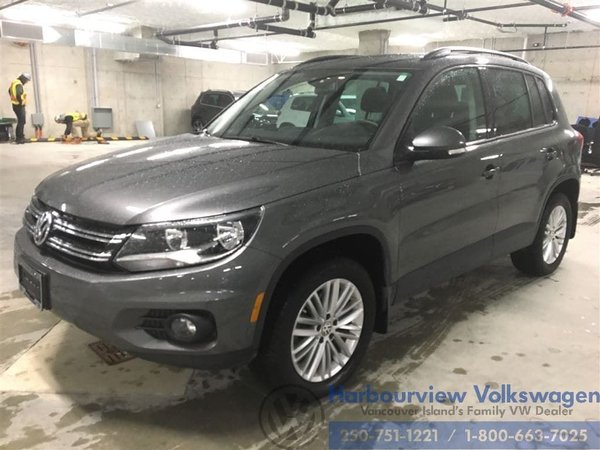 2016 Volkswagen Tiguan Special Edition 4motion w/ Panoramic Sunroof