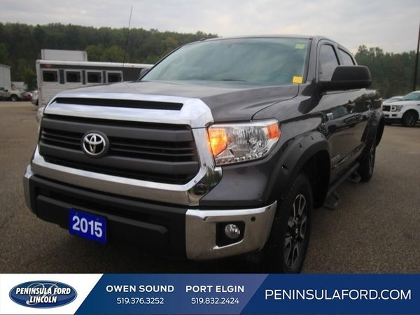 2015 Toyota Tundra SR5  TRD OFF-ROAD, SUNROOF, ACCIDENT FREE, BEAUTY!!!