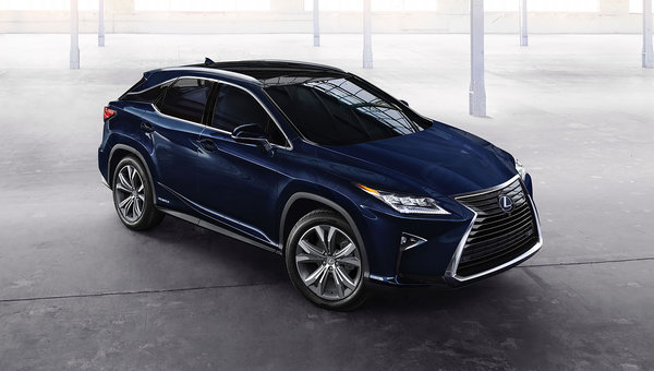 2018 Lexus RX 450h: Electrified Luxury
