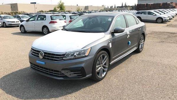 2017 Volkswagen Passat Highline  - $259.21 B/W