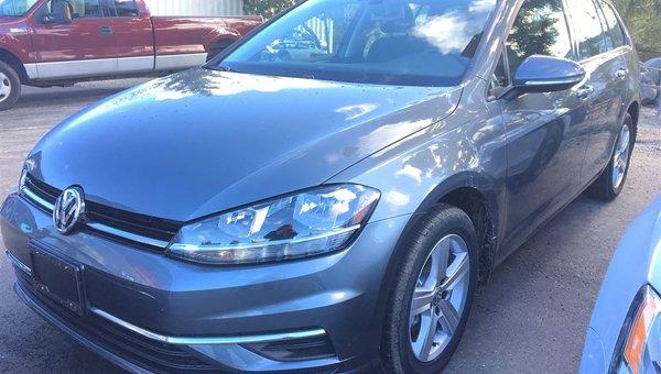 2018 Volkswagen Golf Sportwagon SPORTWAGEN TRENDL 1.8L 170HP 6SP DSG AUTO TIP 4MO