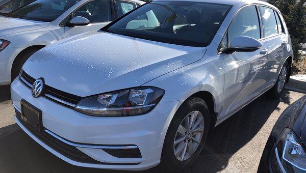 2019 Volkswagen Golf Comfortline 6spd w/ Driver Assistance Pkg.