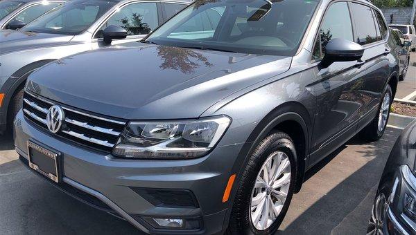 2018 Volkswagen Tiguan Trendline 4Motion Auto w/ Convenience Pkg.