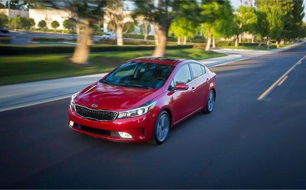 Kia Forte vs Honda Civic vs Toyota Corolla : une question de comportement