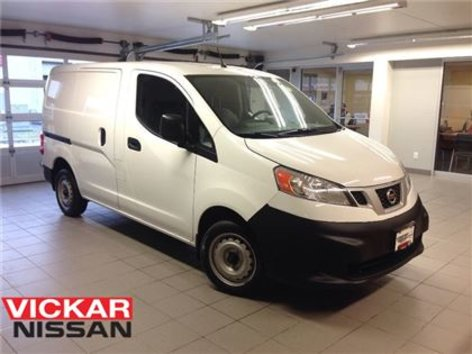 2014 Nissan NV200 S/ 1 OWNER LOCAL TRADE!!!