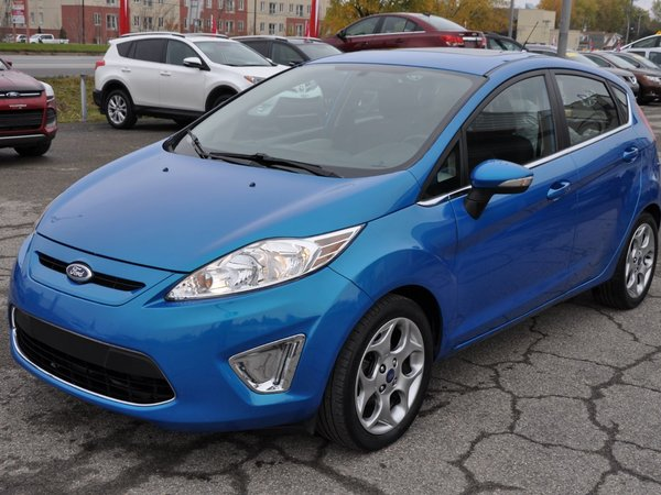 2012 Ford Fiesta SES (A/C,MAGS,PUSH-BUTTON)