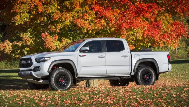 Get extreme, get dirty, get out there: The 2017 Toyota Tacoma TRD Pro