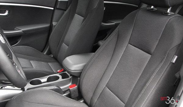 Hyundai Elantra GT SE 2017