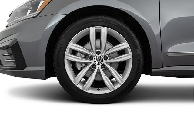 Volkswagen Passat Wolfsburg Edition 2019 - 1