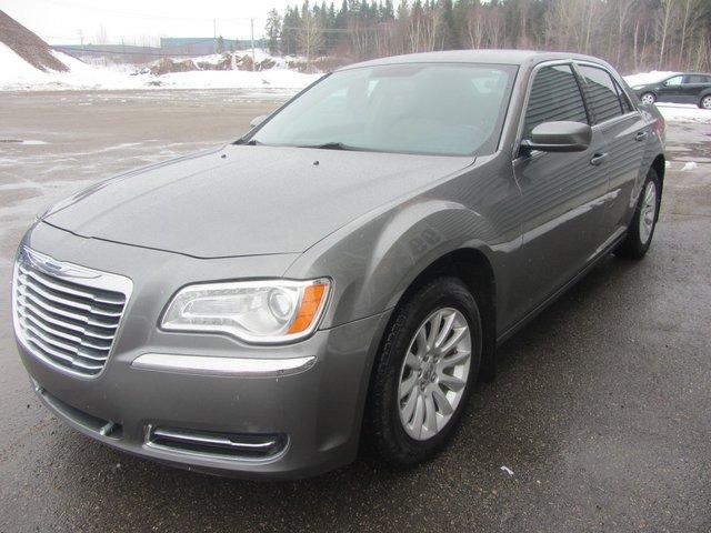 Chrysler 300 TOURING 2011 COMME NEUF !!!!
