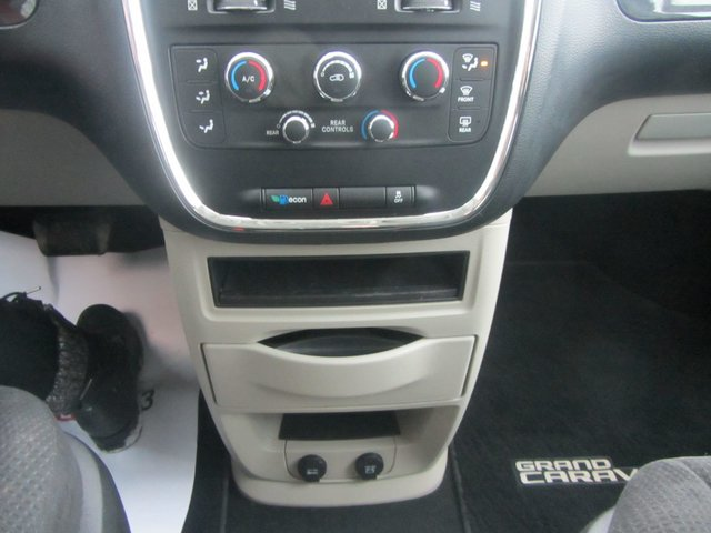 Dodge Grand Caravan  2013 COMME NEUF !!!